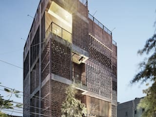 GMT Institute of Property Management:  Gedung perkantoran by PHL Architects