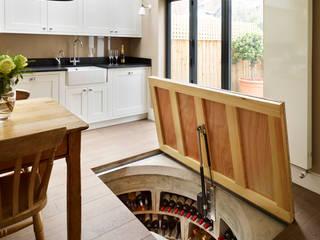 Underground Spiral Cellars Ruang Penyimpanan Wine/Anggur Modern Oleh Spiral Cellars Modern
