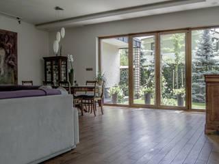 Projekt wnętrza domu: styl , w kategorii Salon zaprojektowany przez Format Design,
