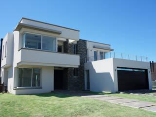 บ้านและที่อยู่อาศัย โดย Estudio Machelett,