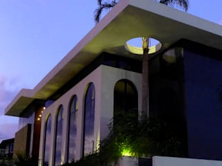 ANNA MAYA ARQUITETURA E ARTE Classic style houses
