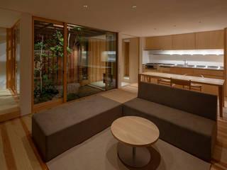 明石の家 house in akashi ミニマルデザインの リビング の arbol ミニマル