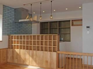 愛犬と暮らす中古マンション ラスティックデザインの キッチン の 湘南建築工房 一級建築士事務所 ラスティック