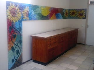 Sunflowers mosaico:   door Atelier De Mozaiekkamer