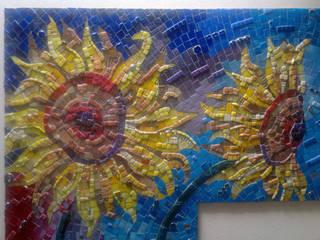 Sunflower mosaic:   door Atelier De Mozaiekkamer