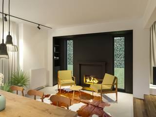 Lucky no. 7 Moderne eetkamers van Studio Govaerts Modern