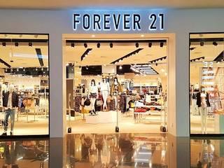Tienda en Monterrey N.L. FOREVER 21 Centros comerciales de estilo moderno de Covent Doors Moderno