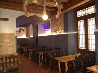 Restaurante Lali, Segovia Gastronomía de estilo rústico de FrAncisco SilvÁn - Arquitectura de Interior Rústico