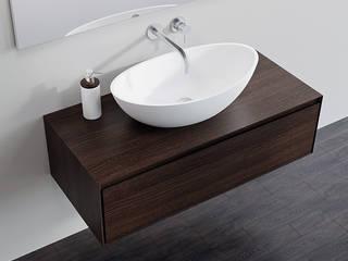 Badezimmer Kommode BM-01-L in Eiche dunkel:  Badezimmer von Badeloft GmbH - Hersteller von Badewannen und Waschbecken in Berlin