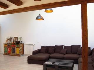 VIVIENDA CALLE MARQUÉS VIUDO DE PONTEJOS Casas de estilo moderno de FrAncisco SilvÁn - Arquitectura de Interior Moderno