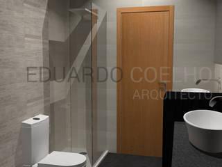 Minimalist style bathroom by Eduardo Coelho | Arquitecto Minimalist