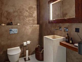 Moderne Wohnung:   von RH-Design Innenausbau, Möbel und Küchenbau Aarau