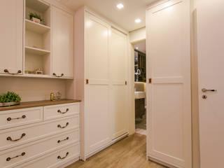 Cuartos pequeños de estilo  por Factus Arquitetura Planejamento Interiores,