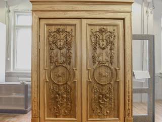 Portes en bois de style  par София Декор,
