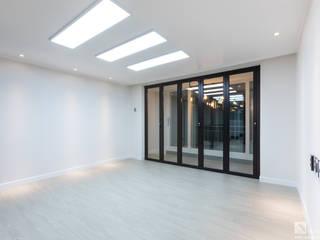 신정동 쌍용 아파트 31py 모던스타일 거실 by 곤디자인 (GON Design) 모던