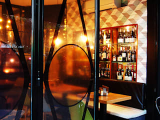 """Bar Restaurante """"La Entreplanta"""" Gastronomía de estilo moderno de FrAncisco SilvÁn - Arquitectura de Interior Moderno"""