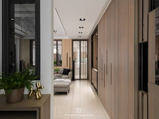 Modern Corridor, Hallway and Staircase by 璞玥室內裝修有限公司 Modern