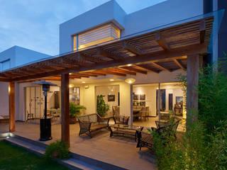 Mantencion de Terraza Balcones y terrazas clásicos de Mantención de Terrazas | mantenciondeterrazas.cl Clásico