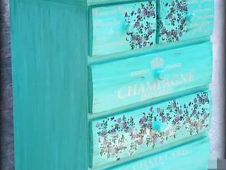 Cajonera vintage de colores de Vintage Decoration Clásico