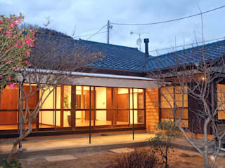 Casas de estilo  de 湘南建築工房 一級建築士事務所
