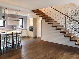 Varios Paredes y pisos de estilo clásico de Kromart Wallcoverings - Papel Tapiz Personalizado Clásico