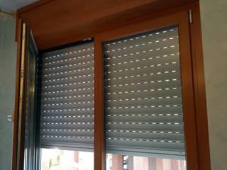 Serramenti in PVC Rovere Dorato in Corso Racconigi a Torino di Torino Finestre e Porte Moderno
