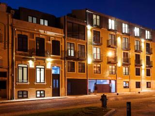 Apartamentos Santos Pousada por N&N-Arquitectura e Planeamento, Lda Moderno