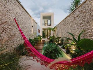 Casa Picasso por Workshop Diseño y Construcción en Mérida: Albercas de jardín de estilo  por Workshop, diseño y construcción