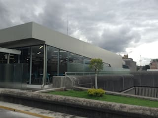 ศูนย์จัดงาน โดย Arquitecto Rafael Balbi , โมเดิร์น