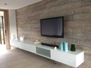 Casa de Campo Llano Grande Habitaciones de estilo minimalista de Intrazzo Mobiliairo Minimalista