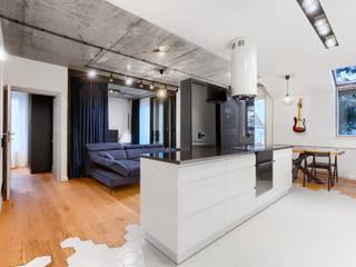 Apartament w Szczecinie Nowoczesny salon od Tomasz Wachowiec Fotografia Wnętrz Nowoczesny