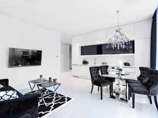 Apartament 010 w Dune B w Mielnie Nowoczesny salon od Tomasz Wachowiec Fotografia Wnętrz Nowoczesny