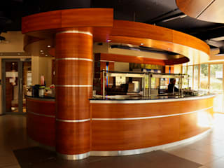 Swaziland Revenue Authority:  Dining room by Durban Shopfitting & Interiors, Modern