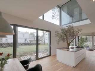 Haus an der Kurpromenade Moderne Esszimmer von wolff:architekten Modern