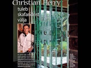 Ecran-sculpture en verre: Couloir et hall d'entrée de style  par christian herry sculpture verre, Moderne