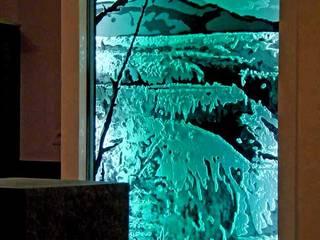 Séparatf d'intérieur lumineux en verre: Hôtels de style  par christian herry sculpture verre, Moderne