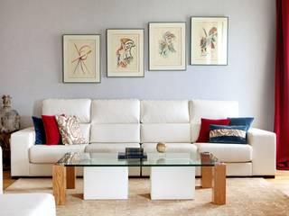 Living room by Estudio Mercedes Arce