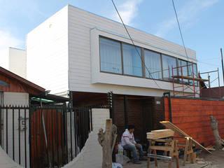 Casa BLANCA: Casas unifamiliares de estilo  por Vetas Sur, Mediterráneo