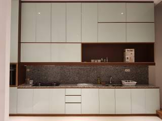 Rumah Janur asri VI kelapa gading Dapur Minimalis Oleh qic arsitek Minimalis