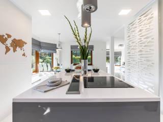 Dom w Olkuszu: styl , w kategorii  zaprojektowany przez Studio 42 Katarzyna Wolny