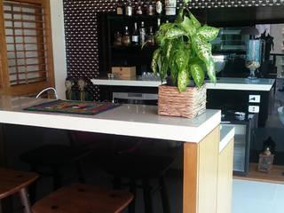 Varanda Gourmet por Guetta & Niquet Arquitetura Moderno