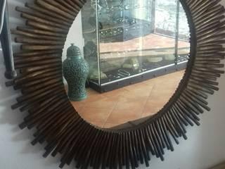 Espelho em Madeira por Arrecadação da Luz Rústico