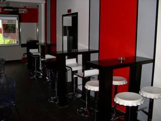 Projecto e Remodelação de Bar por IC Point Creative Solutions Moderno
