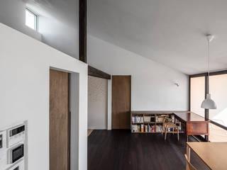サクラの家 ミニマルデザインの リビング の 遠藤誠建築設計事務所(MAKOTO ENDO ARCHITECTS) ミニマル