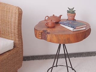 Naturalis Muebles Ecológicos Living roomSide tables & trays Solid Wood Wood effect