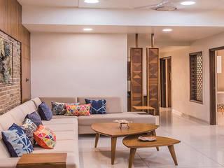 Gandhi residence Inklets studio Modern living room Wood Brown
