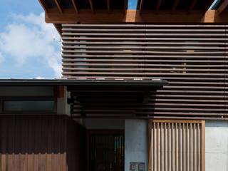 安芸高田市の2世帯住宅 の WADAGUMI モダン