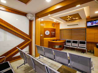 Commercial Interiors in Kerala Classic style study/office by Monnaie Architects & Interiors Classic