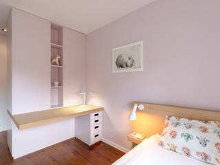 Maatmeubilair Kinderslaapkamers: modern  door De Nieuwe Context, Modern