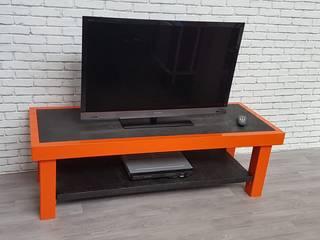 Meuble TV By LA&KA Design' par LA&KA Design' Industriel